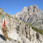 La Bandiera del 9° sul G. Sasso