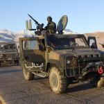 Militari in pattuglia a Herat