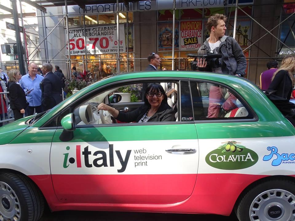 """COMUNICARE L'ITALIA IN AMERICA: IL """"SISTEMA"""" i-ITALY  Il caso del network che il Corriere della Sera ha descritto come modello d'innovazione."""