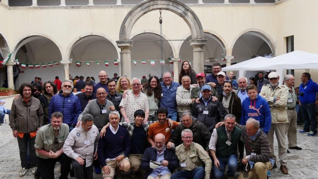 Il Sim Fly Festival ha fatto 13!  Centinaia di pescatori a mosca sono attesi dal 24 al 26 giugno 2016per il Festival nato nel 2003 a Castel di Sangro (L'Aquila).