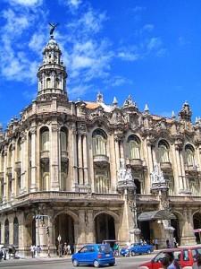 Dalla Pergola al Gran Teatro dell'Avana:  là dove il telefono è nato.