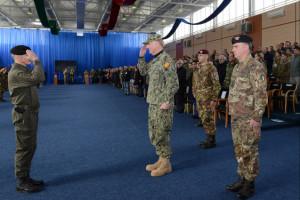 Missione in Kosovo – Comandante della Kosovo Force: Il Generale di Divisione Salvatore Cuoci, 22° Comandante della Kosovo Force ha ceduto la guida della missione in Kosovo al suo parigrado Generale di Divisione Lorenzo D'Addario.