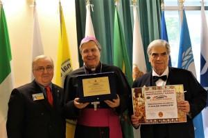 presidente Ruberto, con Mons. Francesco Savino e Alfredo Percacciante.