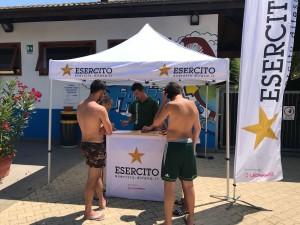"""Comando Militare Esercito """"Abruzzo"""". Attività promozionale per l'arruolamento nell'Esercito presso lo stabilimento balneare """"Settepini"""" di Pescara."""