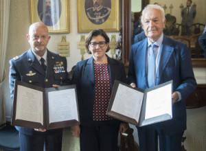 Difesa: firmati contratti manutenzione motori per 167 milioni di euro con Piaggio Aerospace .