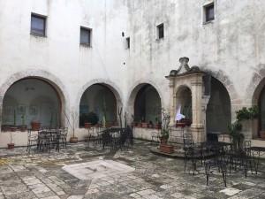 Chiostro del Convento dei Cappuccini a Mesagne_Monastero del Terzo Millennio_ISBEM_1